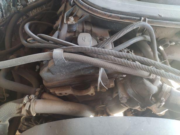 Двигатель Мерседес м102