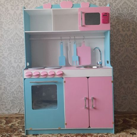 Кухня для маленьких хозяюшек
