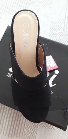 Papuci/ Sandale vara