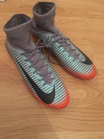 Ghete cu crampoane Nike