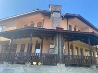 Продава затворен комплекс от къщи за гости гр. Чепеларе