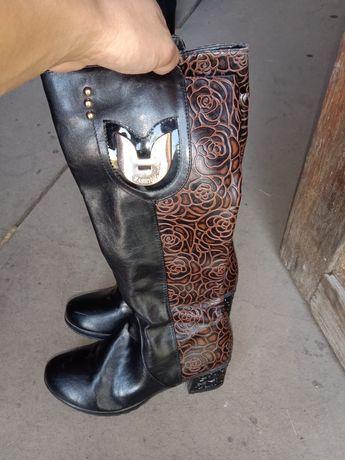 Обуви.                                                             ;)
