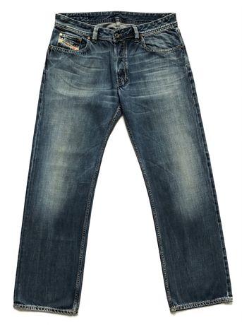 Blugi DIESEL Made in Italy Jeans Barbati   Marime 34 (Talie 86 cm)