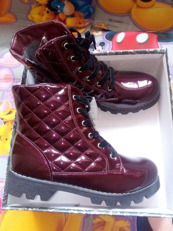 Новые Бордовые лакированные ботинки осень зима 37-38р европейский