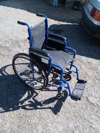 Продам инволидное кресло и каляску