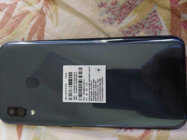 Продам телефон SAMSUNG A30