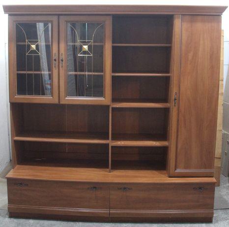Biblioteca living 1,8 m cu rafturi si usi; Comoda cu polite; Dulap
