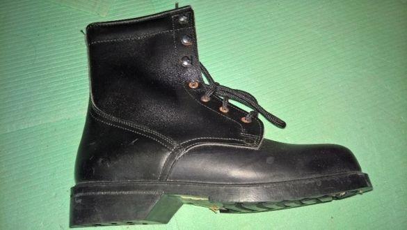 Военни кубинки и обувки