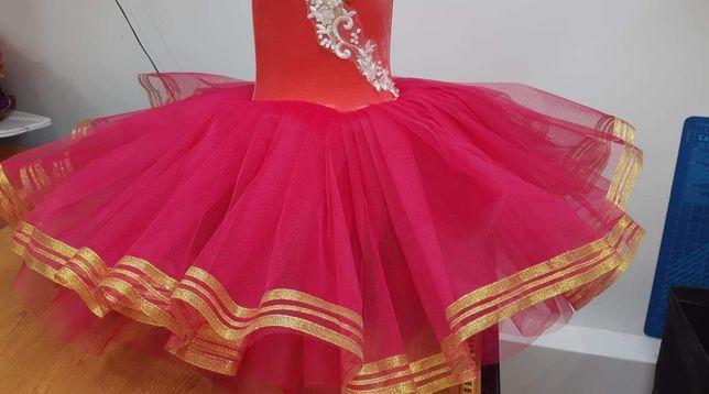 Costume balet , dans