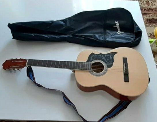 Гитара/музыкальный инструмент