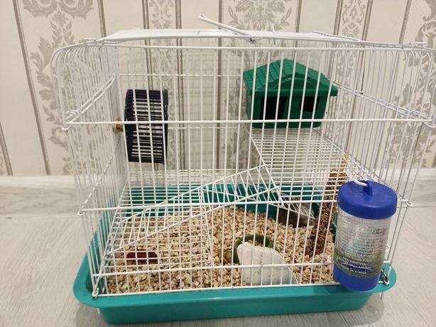 Продам хомячка джунгарика с клеткой