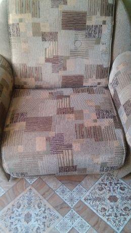 продам 2 кресла-кровати