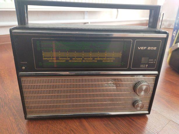 Продам советский радиоприемник