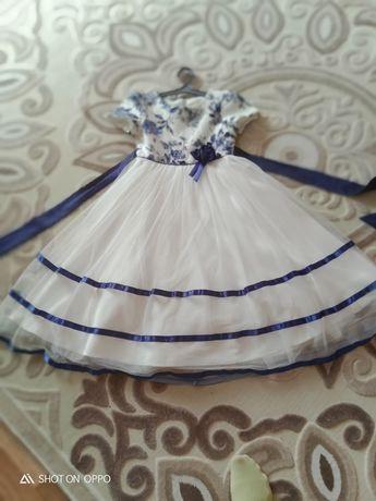 Платье на девочку 6-10лет