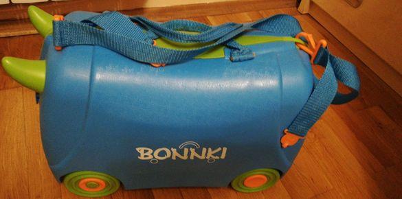 Детски куфар на колела
