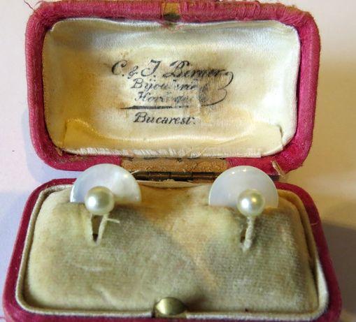 Butoni vechi, sidef si perla naturala