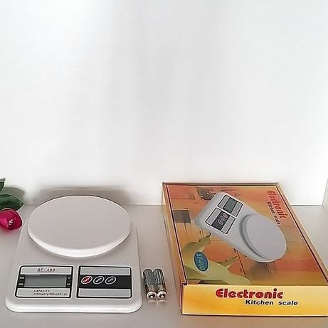 Кухонные электронные весы.