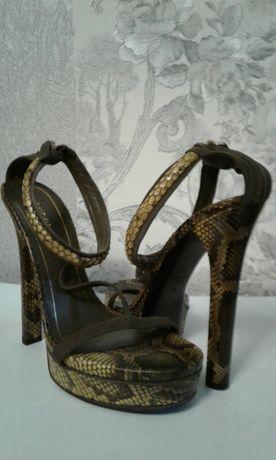 Босоножки GUCCI балетки туфли .