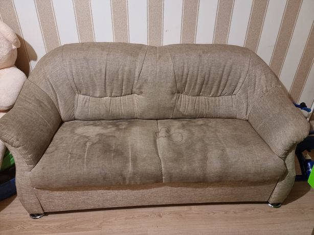 Отдам бесплатно диван