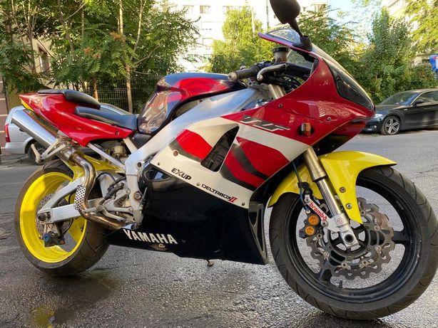 Yamaha YZF R1 an 2003 998cmc km 31923