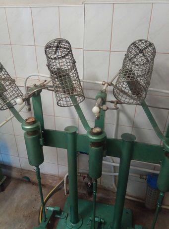 Utilaj pentru fabricat apa gazoasaā(sifon) +sticle 2l.