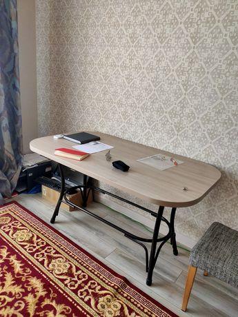 Продам стол 120х90