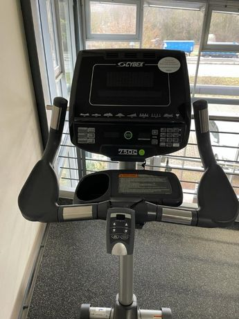 Aparat fitness - Cybex 750C bicicleta verticala