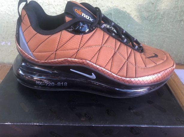 Nike air max720-818