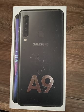 Samsung Galaxy A9 128ГБ 2018г