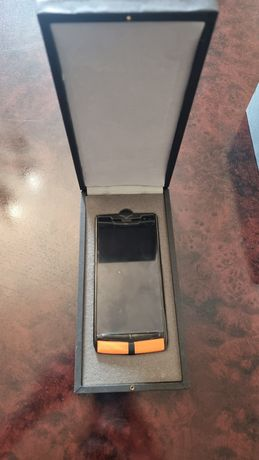 Продам телефон Vertu