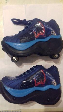 Новые кроссовки на роликах