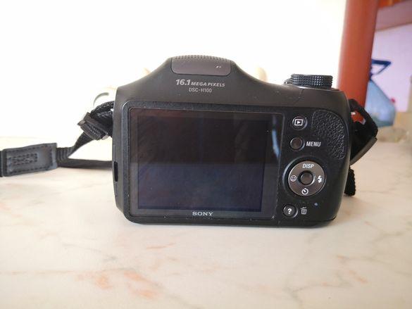 Фотоапарат, чанта за фотоапарат