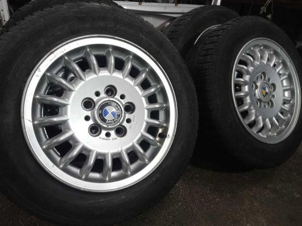 Продам привозные оригинальные диски с шинами R15 на BMW