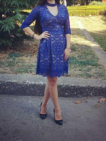 Официална дантелена синя рокля