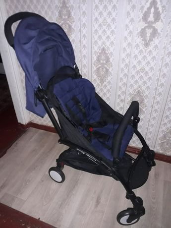 Продам прогулочную коляску Baby throne