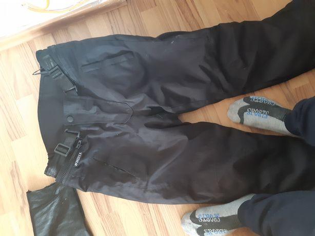 Pantaloni piele si textil impermeabil marimea l