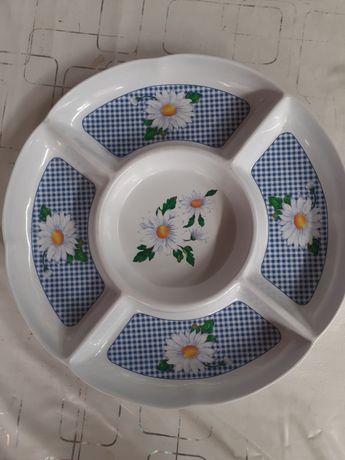 Тарелка для разных салатов