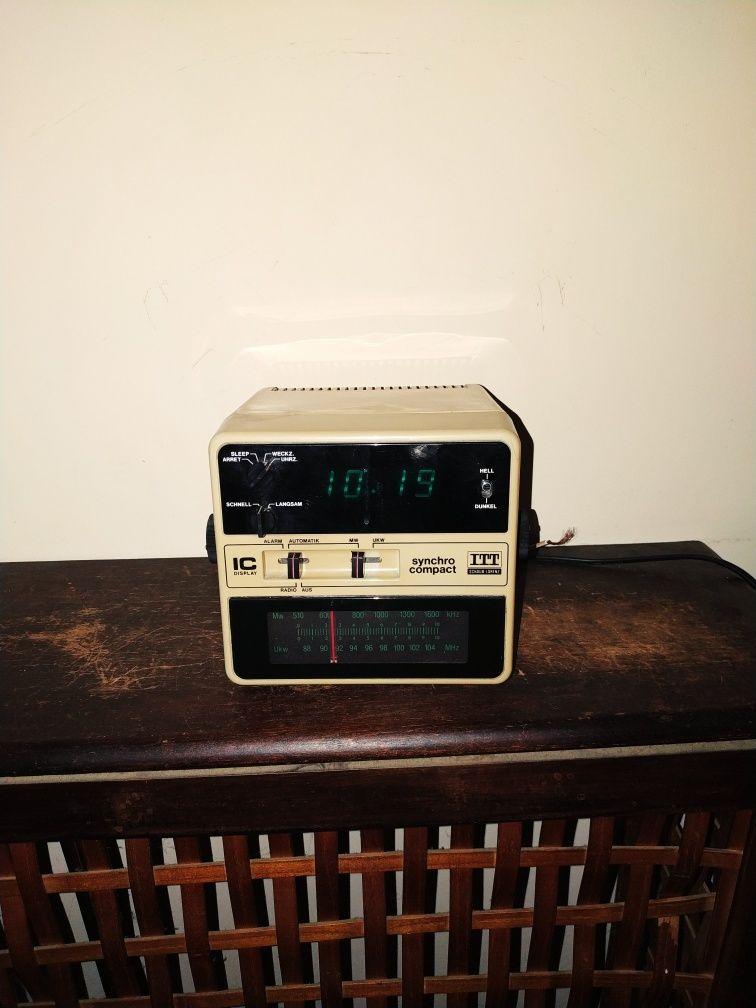 Radio cu ceas syncro compact 108