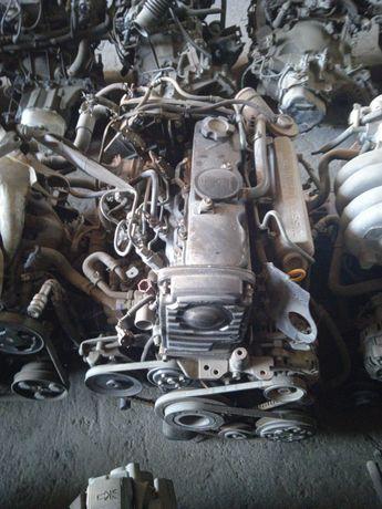 Контрактный двигатель Ниссан примера P10 2.0 CD Дизель Турбо  Nissan