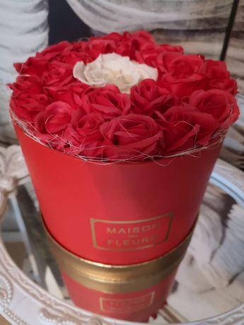 Cutii cadou cu flori de săpun