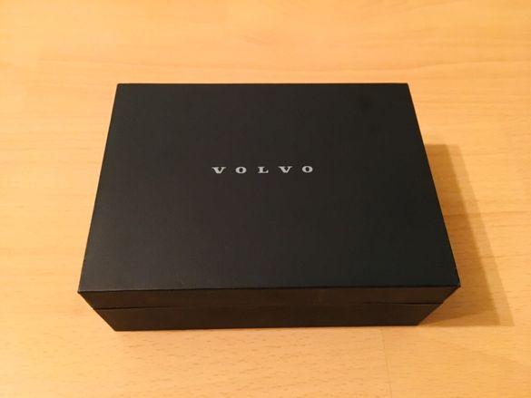 Оригинално висококачествена луксозна кутия за Volvo
