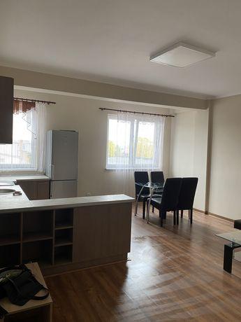 Inchiriez apartament Calea Moldovei