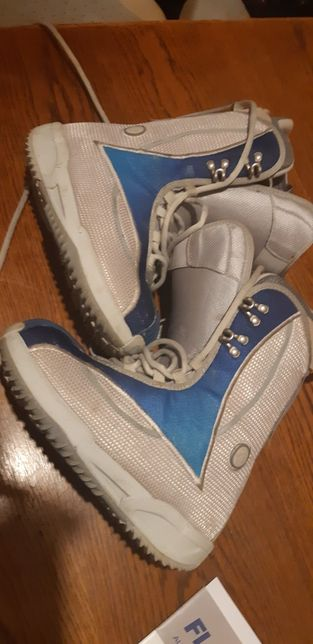 Boots Snowboard 36