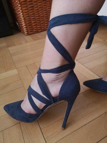 Дамски обувки с ток JUST FAB