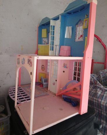 Дом для Барби...