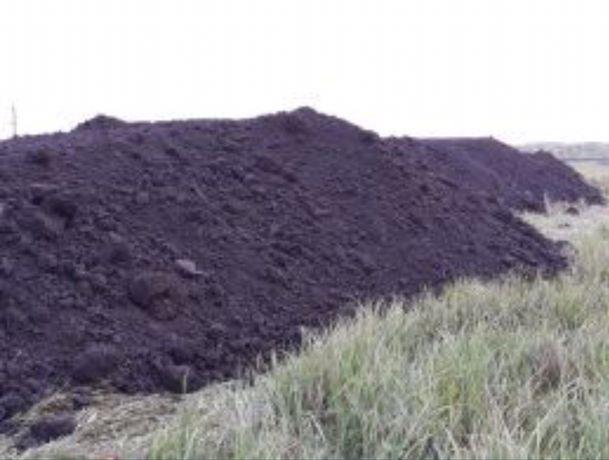 Vand pamant nisipos pentru gazon-pamant vegetal negru 3-18 mc