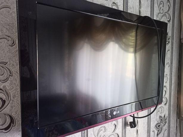 Телевизор 81 диогональ