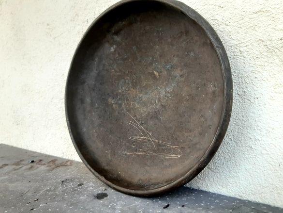 Уникална етнографска медна тепсия (чиния) 100 годишна