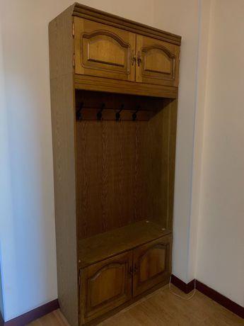 Шкафы (3) для прихожей