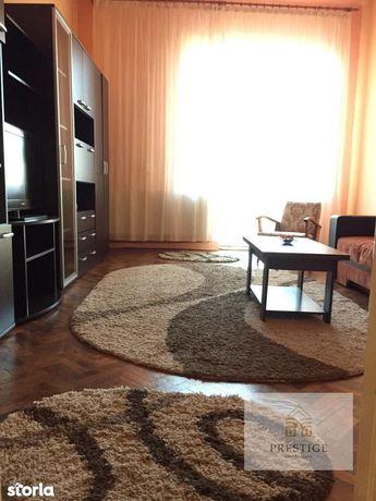 Apartament la casa cu 3 camere de vanzare-zona Ultracentrala